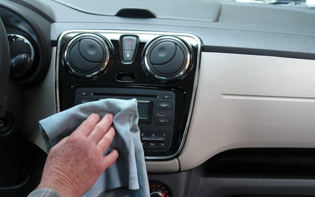 6 Commercial Vehicle Cleaning Company Sales Tips to Close More Deals