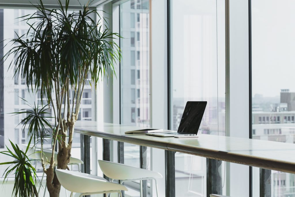 office building cleaning contract
